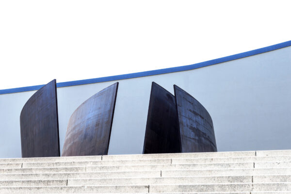 ingresso del  Theater Basel  -opera- Richard Serra's Intersect